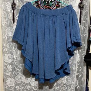 Light blue shoulder flowy shirt